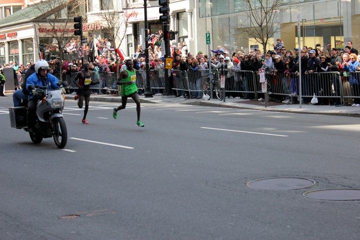 Geoffrey Mutai and Moses Mosop - Boston Marathon 2011