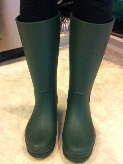 Crocs Wellie Rain Boots For The Ladies Stylish Life For