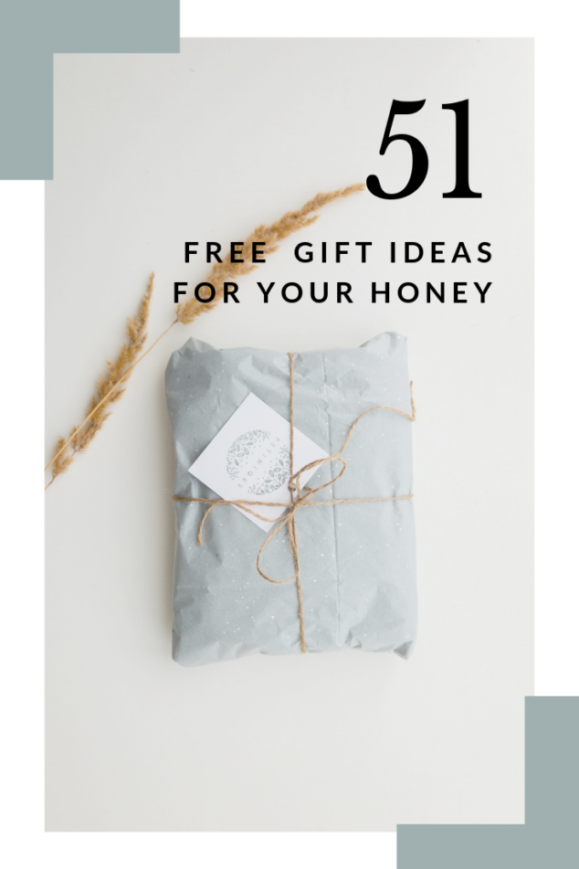 51 FREE Gift Ideas for the Holidays