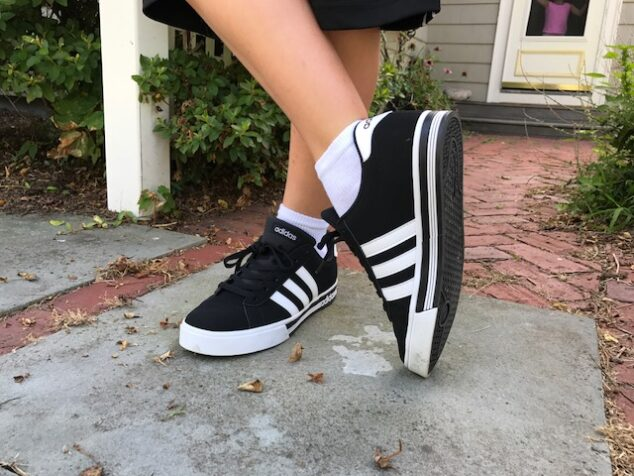 Just look at the classic look of these kicks!