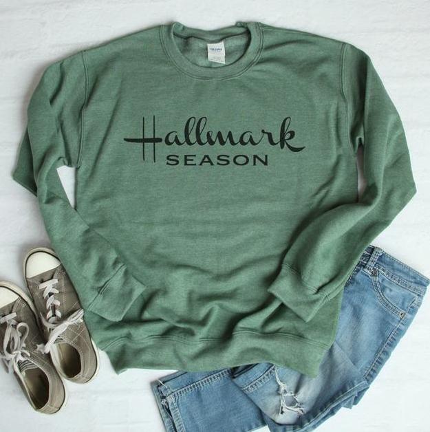 Hallmark Season \\ Comfy \\ Slouchy