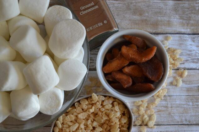 Apple Pie Rice Cereal Treats