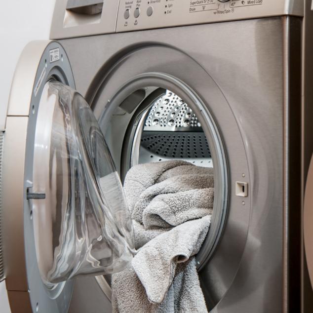Washing Machine to Clean Crocs