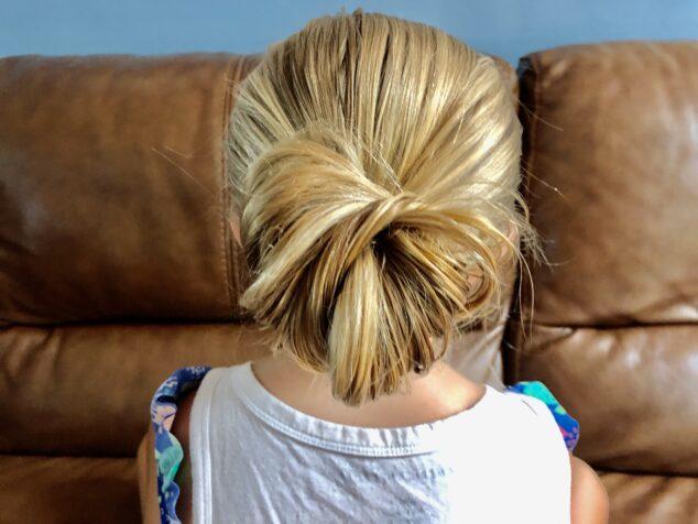 5 Easy Bun Hairstyles for Girls