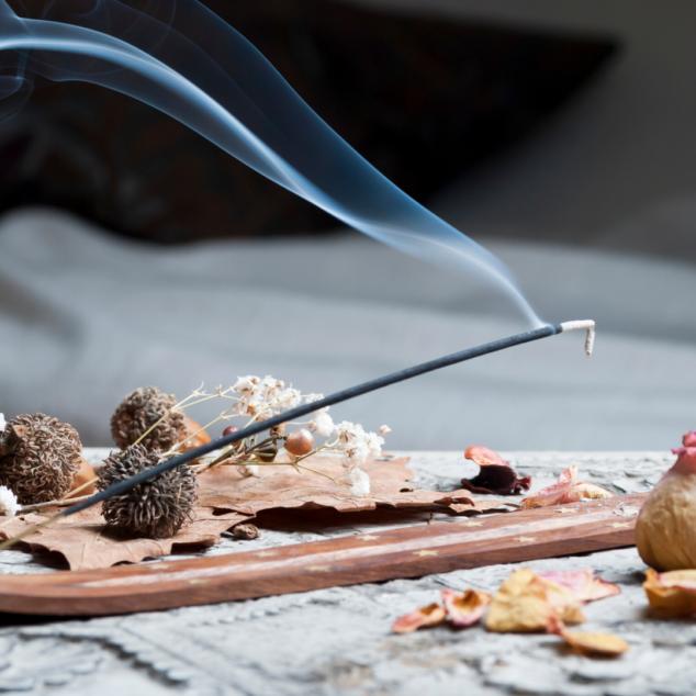Incense - Easy Ways to Get Rid of Fruit Flies