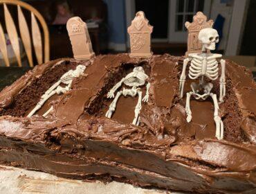 Graveyard Dessert for Kids