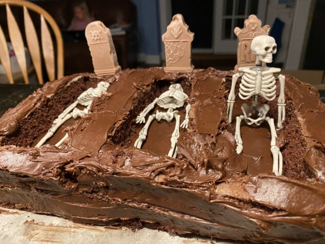 Graveyard Dessert for Kids